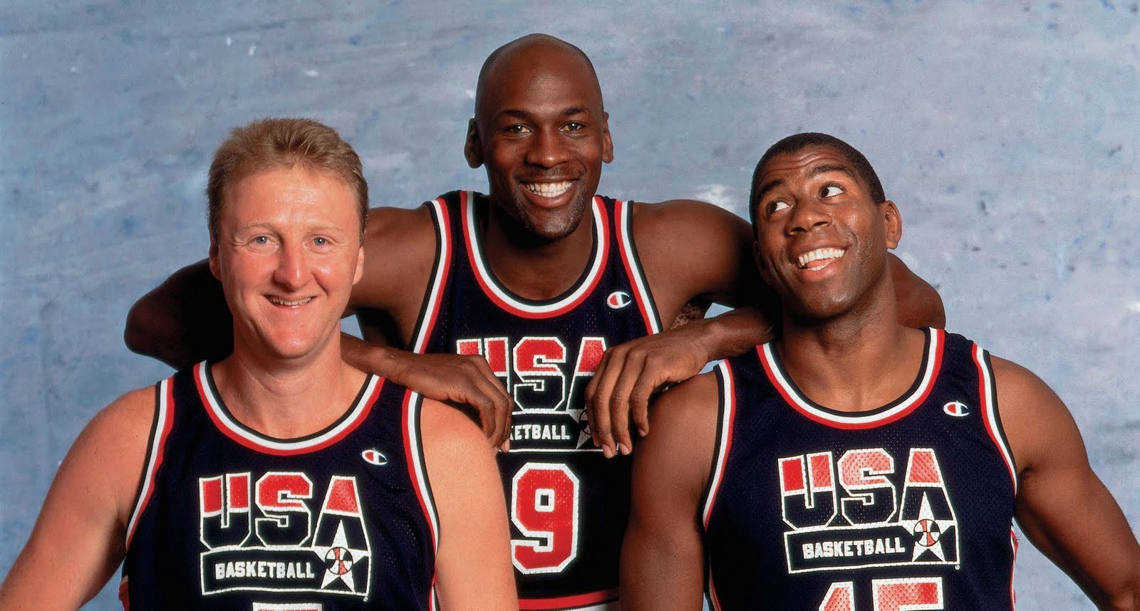 Can Kobe Bryant Be Considered The Best Nba Player Ever further The Olympics The Dream Team Wins Gold In 1992 additionally John Wall Vs High School Kid furthermore Which NBA Player Has The Most Beautiful Shooting Form besides Michael Jordans 12 Best Days Basketball Court. on best basketball player ever bird